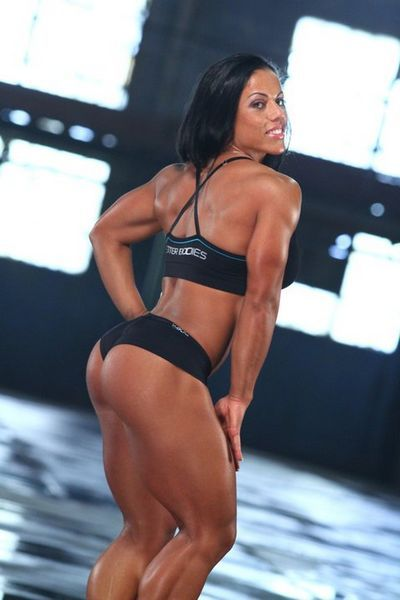 Naked Muscle Girls download